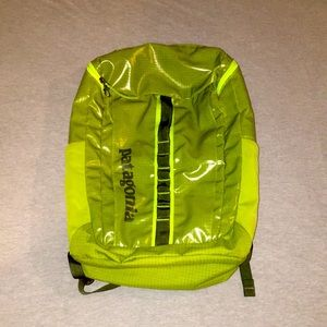 🏔Patagonia 32L Black Hole Backpack Lime Green 🏔